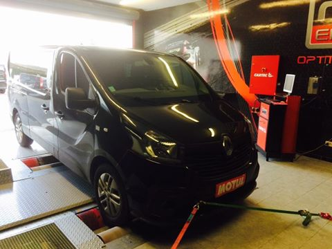 RENAULT NEW TRAFIC 2015 1.6 DCI